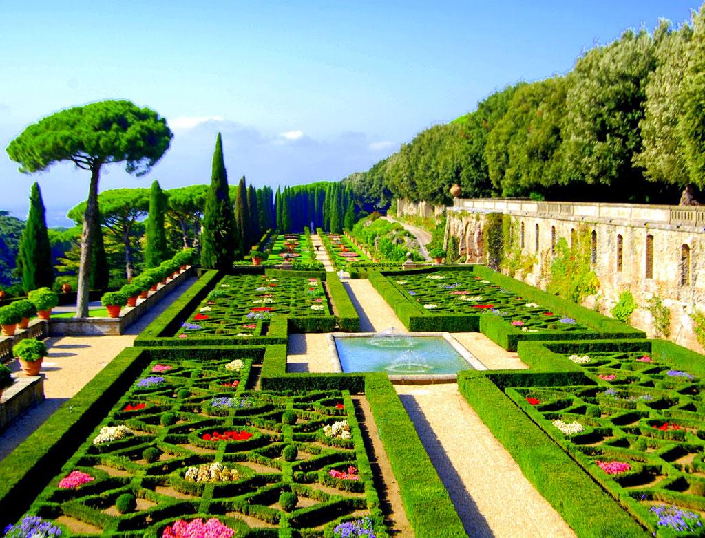 حدائق الفاتيكان روما