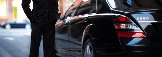 سائق عربي في ميلانو وكيف يمكنك الحجز من خلال رقم الهاتف
